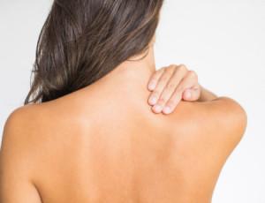 Massagem para aliviar dores nas costas